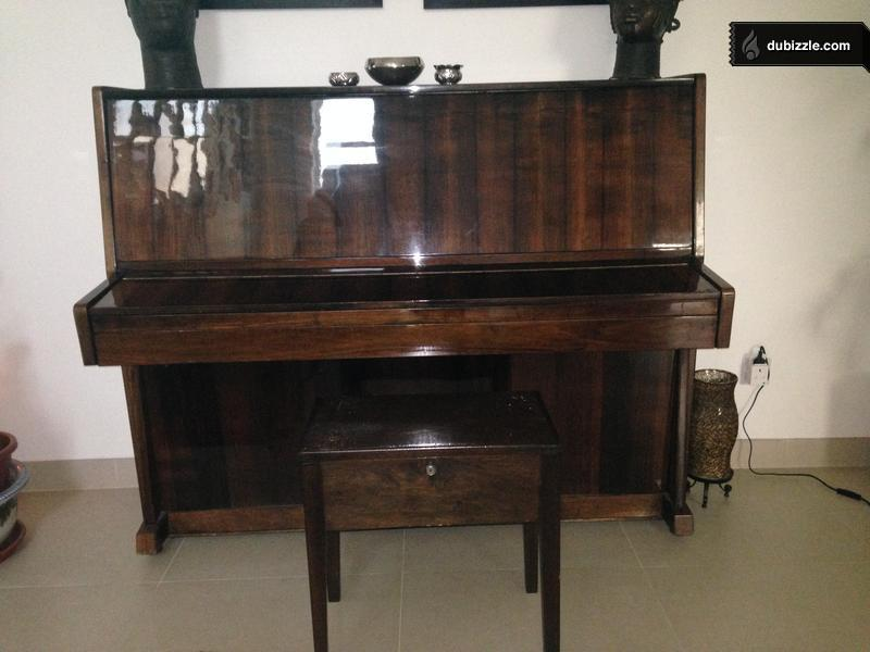 Piano Wooden Lacquer Finish Home Garden Dubizzle Bahrain