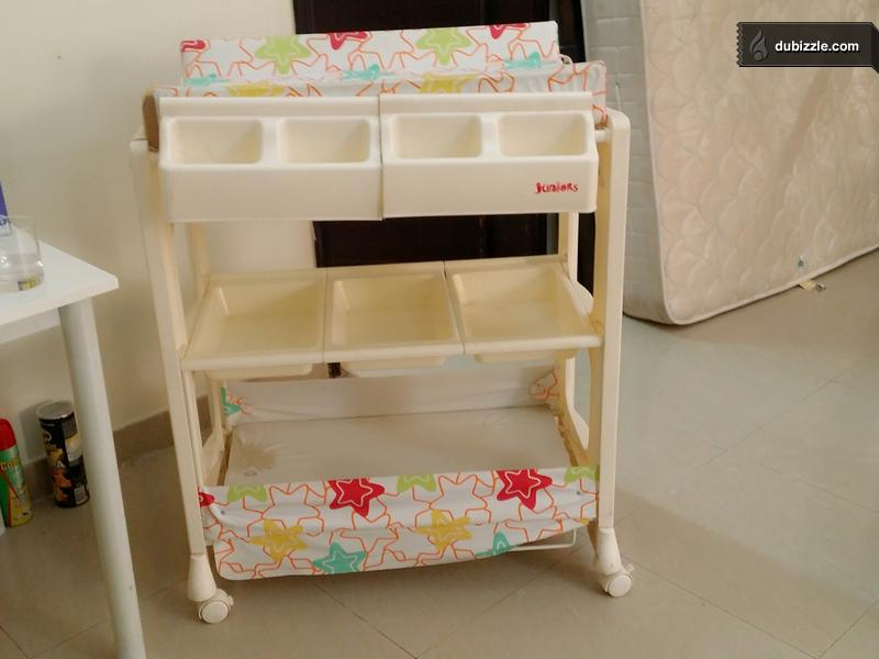 baby changing table good shape white for sale baby items. Black Bedroom Furniture Sets. Home Design Ideas