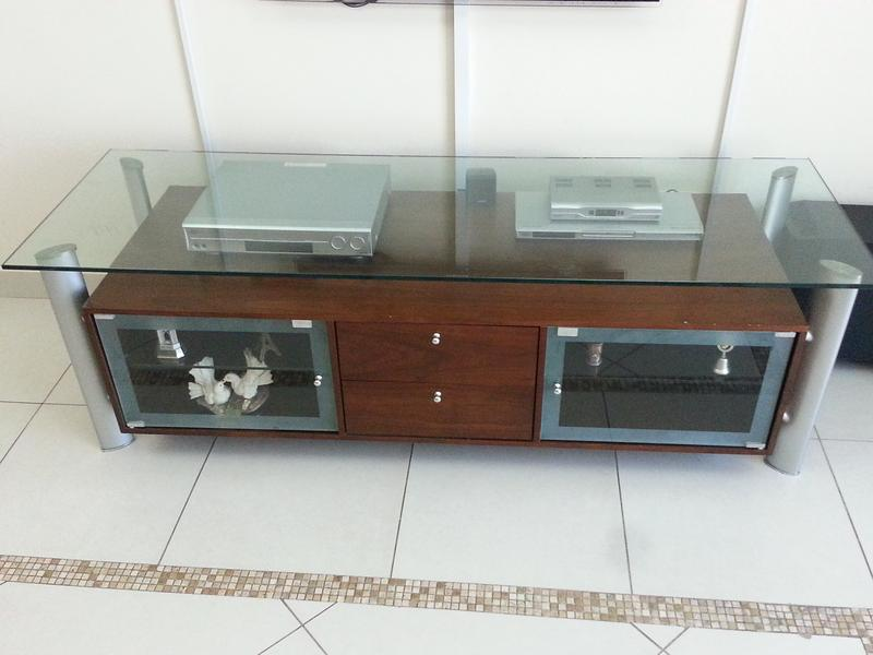 Dubizzle Dubai Entertainment Centers Tv Table Tv Unit From Home Centre For Sale