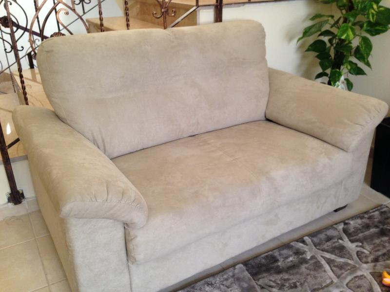 Dubizzle Abu Dhabi Sofas Futons Lounges Ikea Two Seater Sofa For Quick Sale
