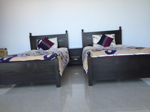 Dubizzle Abu Dhabi Beds Bed Sets 2 Single Beds Sparingly Used With Deluxe Mattress For Sale