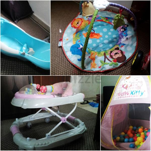 dubizzle abu dhabi other baby walker bath tub playmat. Black Bedroom Furniture Sets. Home Design Ideas