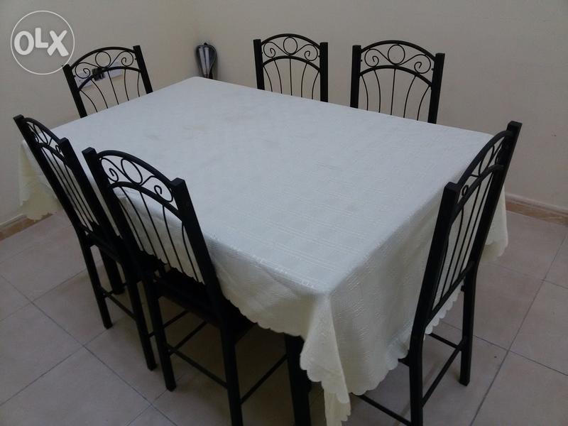 Sofa set dining table and children bed room for sale for Sofa table olx